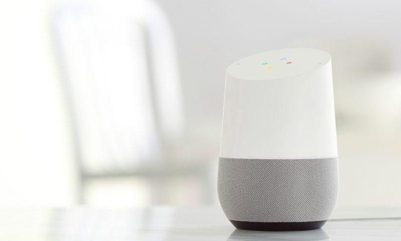 google home in de woonkamer