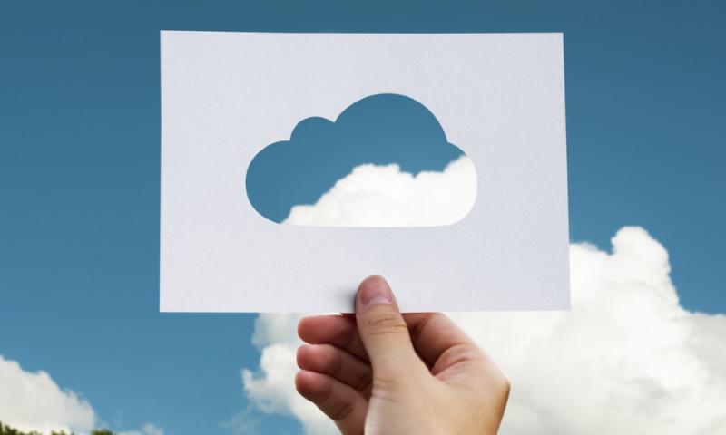 de verschillen en overeenkomsten tussen private en public cloud